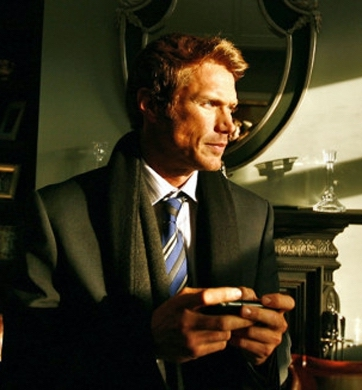 """Toronto, November 26 2009 Actor Jason Lewis photographed inside of an old Etobicoke mansion where he is working in his new role for a techno-romantic comedy """"Textually"""". Photo by: Fernando Morales/The Globe and Mail"""